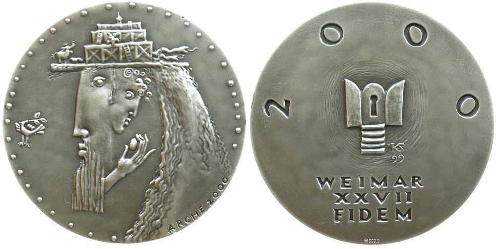 Medaille von Silvia Klöde-Hoffmann mit Interpretation der Arche Noah © HMF Frank Berger