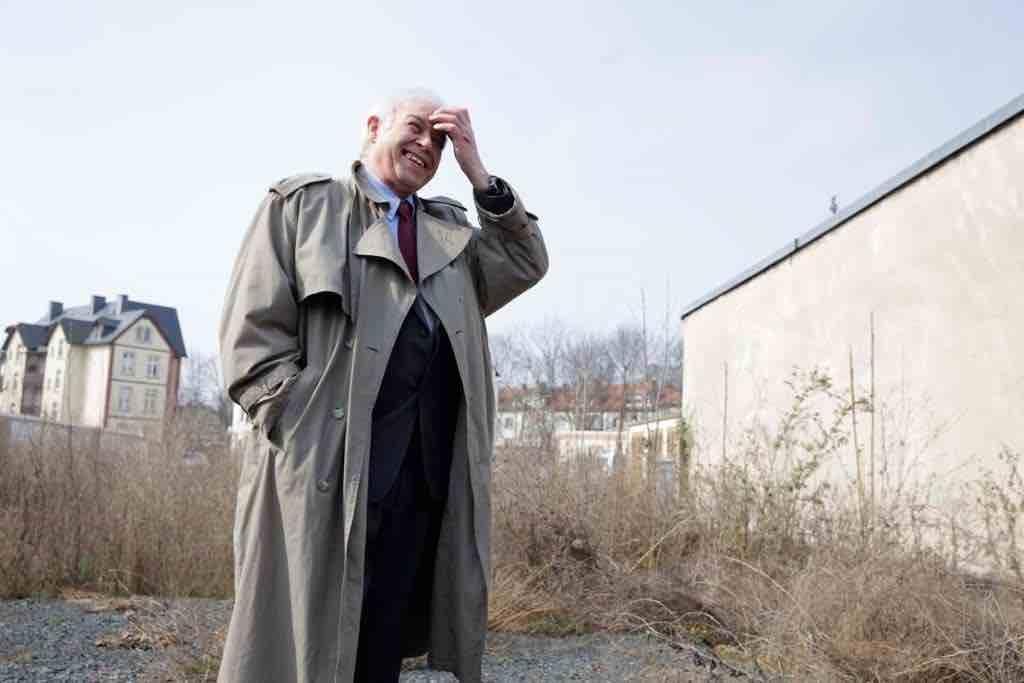 Das Foto zeigt den Autor der Bibliothek der Generationen Giuseppe Bruno